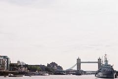 Aout 2014 (Alexcetera) Tags: england london film analog towerbridge canon canonae1 kodakgold200 alexcetera