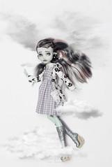 Frankie Stein (olgabrezhneva) Tags: френкиштейн штейн френки frankiestein stein frankie lightjaunt кукла школамонстров монстрхай монстерхай toy doll nice mh monster monsterhigh куклохобби весна цветы волшебство spring flowers photoshot photoset model de nile high mhdoll mhdolls dolls dress redress ooak custom girl swee sweet outdoor depth field people white background
