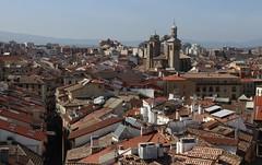 Pamplona (anvaliri) Tags: pamplona navarra ciudad city catedral catedraldepamplona tejados vistasciudad sancernin iglesiadesansaturnino sansaturnino cascoviejo zonavieja parteantigua canon 80d 1585
