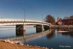 Reflection (Joni Salama) Tags: meri exposureblending silta suomenlinna helsinki suomi vesi uusimaa finland fi sea