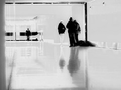 jeune photographe - 2 (photosgabrielle) Tags: photosgabrielle blackwhite noirblanc people montréal montrealunderground urban urbain ville city