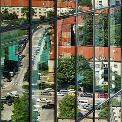 Spiegelwelt am Wienerberg ...   #mirroring #Spiegelbild #Fassadenspiegelung #igers #igersvienna #instagram (digital views) Tags: mirroring spiegelbild fassadenspiegelung igers igersvienna instagram