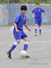 MAR-LAR 048 1200 (Alberto Segade) Tags: sports football nikon soccer infantil nikkor marino ftbol mera oleiros d300 laracha nikkorzoomlens nikond300 nikon80200afs 20132014