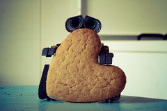 23/52 - Cookie (MT_Photography) Tags: macro cookies toy toys cookie heart disney actionfigures pixar macrophotography walle toyphotography disneypixar toyphotographer