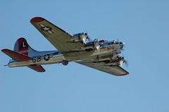DSC_0219 (Proplinerman) Tags: reading pennsylvania aircraft b17 boeing bomber flyingfortress warbird midatlanticairmuseum yankeeairforce yankeeairmuseum yankeelady usaac 4485829 n3193g