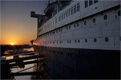 Queen Mary Sunset (richardsercombe) Tags: sunset beach los long angeles mary queen