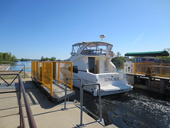 Off she goes to Big Chute (jamica1) Tags: ontario canada port canal lock 45 historic severn trent waterway lunasea