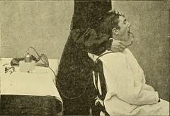 Anglų lietuvių žodynas. Žodis inhalation anaesthetic reiškia inhaliacinis anestetikas lietuviškai.
