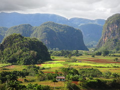 Vinales 10 (gsamie) Tags: red sky house green clouds canon landscape cuba lookout hills shack vinales moutains mogotes pinardelrio mogote g15 gsamie guillaumesamie