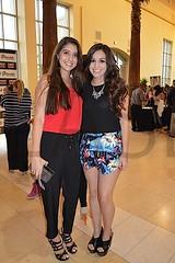 0486. Gaby Saucedo y Elizabeth Robaina.