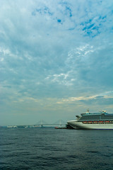 Sky, Cloud and Huge Cruise Ship (Yoshikazu TAKADA) Tags: sea sky cloud japan cruiseship yokohama kanagawa diamondprincess d7100 sigma1750mmf28 yokohamaredbrickwarehousepark