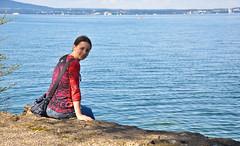 Iris am See (kaweyka) Tags: schweiz see frau bodensee