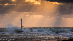 crepuscular rays (jyunbo) Tags: sunset sea sky japan clouds wave aomori  rays crepuscular goshogawara