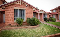 4/10 Peacock Close, Green Valley NSW