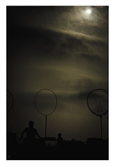 Ignite. (Soliloquiaa) Tags: sky sun sol field clouds contrast photography lights luces shadows darkness harry potter player cielo nubes contraste campo fotografia quidditch sombras oscuridad oscuro