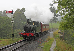 A tranquil branchline scene spoiled by the British weather (Andrew Edkins) Tags: steamtrain tankengine gwr severnvalleyrailway bridgnorth greatwestern preservedrailway autotrain 1450 semaphoresignals 14xxclass