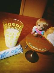 Having midnight snack & milk... (Dino=^.^=) Tags: milk tan snack midnight fairyland juniper ante pukifee uploaded:by=flickrmobile dublinfilter flickriosapp:filter=dublin