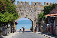Rodosz vros - a Szz Kapu a kzpkori vrosfalban (sandorson) Tags: travel greece rhodes rodi rhodos rodas rodosz grgorszg  sandorson c