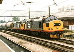 For Finchy :) (37686) Tags: railfreight red stripe chunkies class 37 37370 37379 preston with gunnie cement tanks 31071989