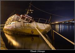 L'addio al mondo (Daniele Marongiu) Tags: boat restaurant sunk sea port night susiccu cagliari sardegna