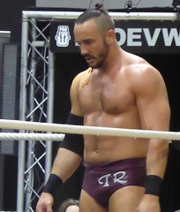 Iestyn Rees (jacquemart) Tags: proevolutionwrestling battleofgloucesteriii iestynrees wrestler wrestling lutte grapple