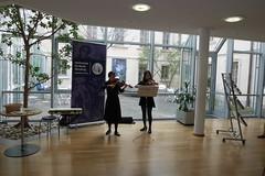 P1160302 (stadtbuecherei.wuerzburg) Tags: 70jahrehochschulefürmusikwürzburg bauwerke bibliotheken deutschland kimseyoung leute orte stadtbüchereiwürzburg violine würzburg zhoutongtong