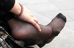 Candid feet from China (265) (Candid 100%) Tags: asian candid feet nylon pantyhose chinese china shoeplay dangling dipping toes soles foot shoes ballet flats high heels pumps sandals külotlu çorap ayak füsse strumpfhose калготкі чорапогащник pantis punčocháče strømpebukser sukkpüksid sukkahousut collants media calza καλσόν harisnyanadrág パンティーストッキング 팬티 스타킹 zeķbikses pėdkelnės جوراب شلواری rajstopy meiacalça ciorapi колготки унихоп pančucháče hlačne nogavice strumpbyxor קאָלגאָטקעס broekiekס