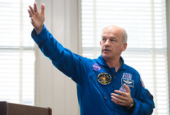 Astronaut Jeff Williams at National Park Service (NHQ201703230013) (NASA HQ PHOTO) Tags: usa washington dc expedition48 jeffwilliams nasa aubreygemignani usdepartmentoftheinterior nationalparkservice