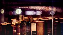 books2-2 (torivonglory) Tags: night nacht city stadt düsseldorf urban abstract abstrakt canon 6d canon6d helios books bücher bücherschrank bookshelf outdoors reading lesen bokeh booklove