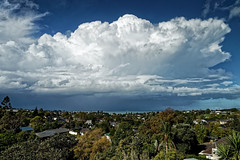 Auckland Thundercloud (MarkMeredith) Tags: canonef24105mmf4lis newzealand auckland weather cloud suburb