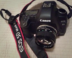 New toy, vintage Canon 50mm lens 1:1.4 (Navasj7) Tags: 50mmf14 canon5dmkii canonfdn50mm