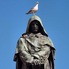 (kekyrex) Tags: italy seagulls roma me italia campodifiori giordanobruno