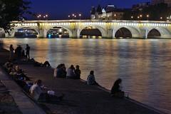 (Loc Milliere) Tags: paris seine night pont nuit d800 parisbynight 85mmf18 nikond800 nikonafs85mmf18