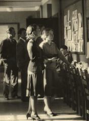 Anglų lietuvių žodynas. Žodis art school reiškia meno mokyklos lietuviškai.