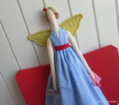 Costureira (Crafts by Sandra Kecek) Tags: cute bonecas handmade crafts decorao tildas