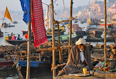 India-Varanasi-Ganges ghat (venturidonatella) Tags: india boats nikon bravo asia ngc varanasi ganga sadhu ganges ghats 5photosaday bluelist flickrelite theindiatree nikond300 totalphotoshop nikonflickraward unseenindia portraitsfromindianstreets flickrtravelaward passionshots