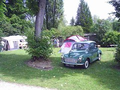 mot-2005-berny-riviere-017-campers-area-sunday-am_800x600