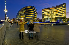 Photographing London (david gutierrez [ www.davidgutierrez.co.uk ]) Tags: city uk longexposure travel blue sky people urban motion building london modern night photography lights noche cityhall contemporary tourist le londres bluehour londra nocturne towerhill davidg