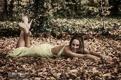 Davinia (jlhuys farfan) Tags: verde girl model chica modelo rubia davinia farfan trajedenoche
