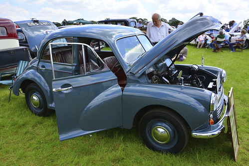 Woolpit Steam Rally, Classic Cars, Morris Minor 1956