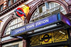 Camden Town! (leonardShelby00) Tags: london station canon underground tube sigma 1770 londra camdentown f284 1000d canon1000d