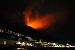 Stromboli - agosto 2014 (nikoletto) Tags: italy sicily rosso eruption fuoco vulcano eolie rossellini stromboli ingridbergman eruzione iddu nginationalgeographicbyitalianpeople