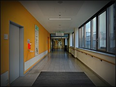 Dortmund - corridor - KLINIKUM - hospital (F.G.St) Tags: camera city digital germany flickr foto im diverse saxony award f fotos simply soe dortmund feedback oldenburg compact neuen alle zur personen für autofocus vpu lowersaxony cloppenburg dieses soltau sicher weitere greatphotographers geben infos dein öffentlich hinzufügen totalphoto frameit kommentieren flickraward colourartaward fotoseite nikonflickraward nikonflickrawardgold sichtbarkeit flickrmitglieder fotopersonen vpu1 flickrstruereflection1 flickrstruereflection2 flickrstruereflection3 flickrstruereflection4 flickrstruereflectionlevel1 rememberthatmomentlevel1 magicmomentsinyourlifelevel2 magicmomentsinyourlifelevel1 rememberthatmomentlevel2 rememberthatmomentlevel3 flickrstruereflction4 vigilantphotographersunite vpu2 sicherheitsstufe 11092014 04072014 21092014 13092014 25092014 11082014 dortmund27092014