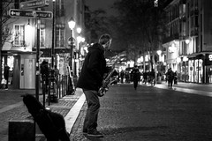 IMG_8433 (::Lens a Lot::) Tags: pentacon auto 50 mm f 18 mc 1980 | 6 blades iris m42 f18 paris 2017 bokeh depth field dof vintage manual fixed length germany gdr ddr prime lens bw black white street photography streetphotography people portrait night light candid monochrome color saxophone saxophonist music player