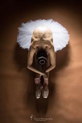 EL DESCANSO (Dream Photography by margamorqui) Tags: dance dancer ballet ballerina bailarina ballerinaproject professionaldancer dreamphotographybymargamorqui margamorqui art threeart sentimientos feelings proyecto project soul sensual delicado delicate