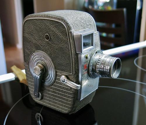 1946 Keystone K 25 Capri 8mm movie camera - a photo on
