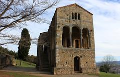 Santa María del Naranco (Pabloskygc) Tags: españa spain asturias oviedo antiguo asturies prerromanico montedelnaranco