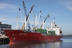 Cape Belle (Bart Koop-Henzen) Tags: ship reefer schip ijmuiden cargoship vrachtschip capebelle mmsi636011004 elwe4 imo9051789