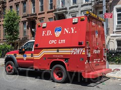 E214l FDNY Ladder 111 Chemical Protective Clothing Utility Truck, Bedford, Brooklyn, New York City (jag9889) Tags: nyc newyorkcity usa ny newyork building brooklyn truck bedford unitedstates unitedstatesofamerica cpc ladder firestation firehouse fdny firedepartment apparatus ridgewood bedstuy 2014 bravest nuthouse laddertruck bedfordstuyvesant firstresponder kingscounty supportvehicle newyorkcityfiredepartment hancockstreet firedepartmentofthecityofnewyork engine214 ladder111 e214 jag9889 chemicalprotectiveclothing