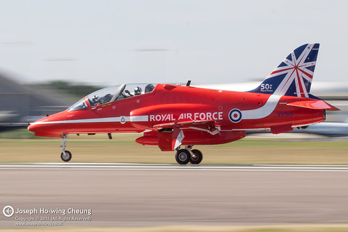 (XX319) British Aerospace Hawk T1A (Red Arrows...